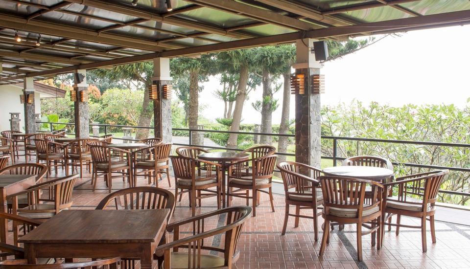 Gunung Geulis Cottages Managed by Royal Tulip Bogor - Lounge