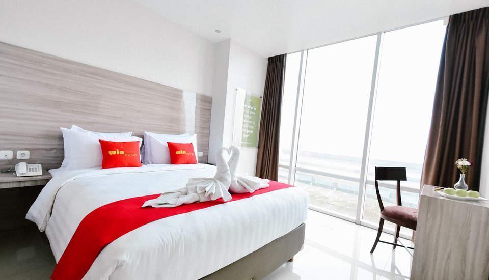 Win Grand Hotel Bekasi - Deluxe Quen Bed Room Only Regular Plan