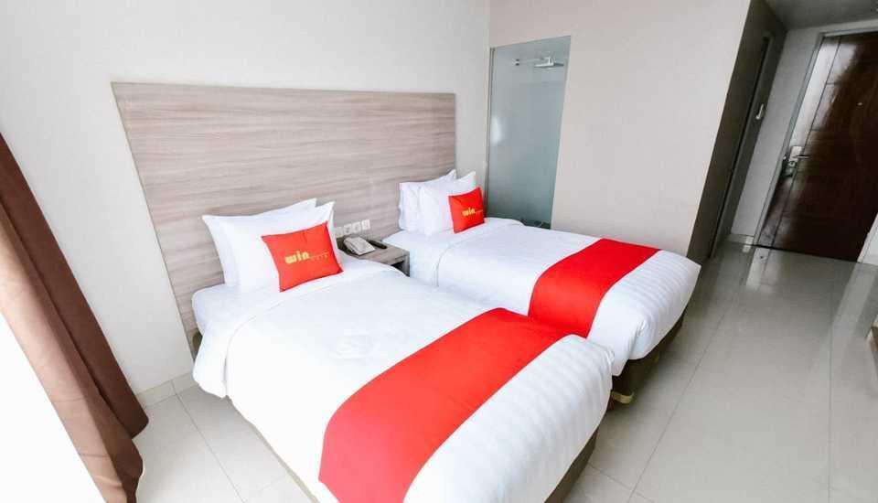 Win Grand Hotel Bekasi - Deluxe Twin Bed Room Only Regular Plan