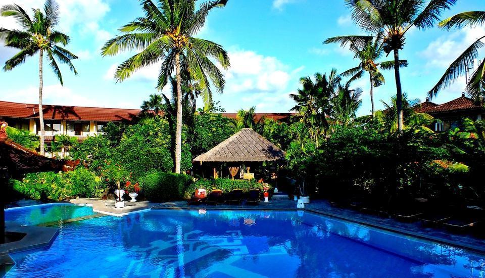 Palm Beach Hotel Kuta  - Main Pool