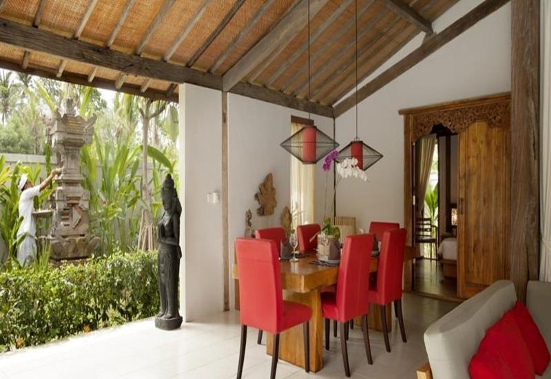 Esterin Villa Bali - Ruang makan