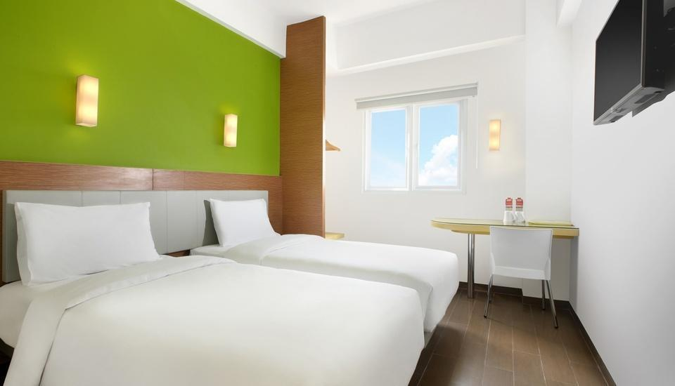Amaris Hotel Serpong Tangerang - Smart Room Twin Regular Plan