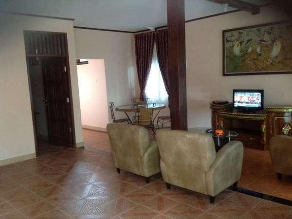 Aquarius Orange Resort Bogor - Ruang tamu