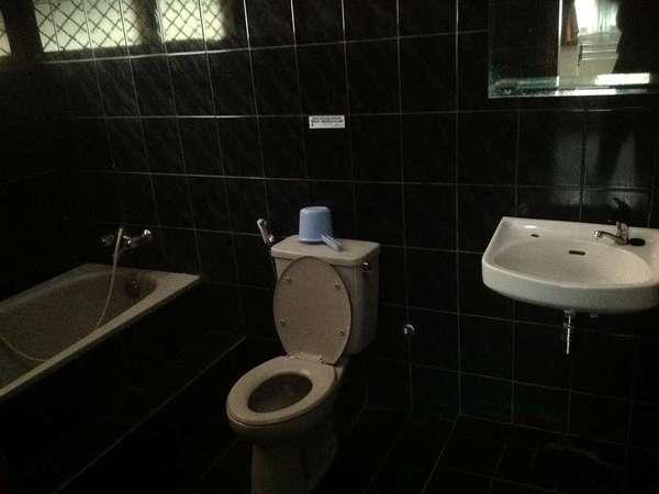 Aquarius Orange Resort Bogor - Kamar mandi