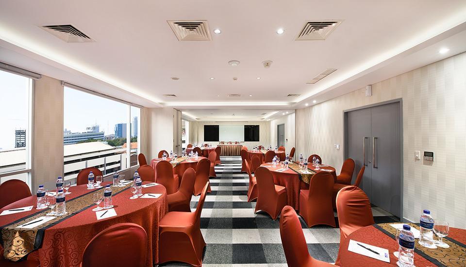 Crown Prince Hotel Surabaya - RUANG RAPAT