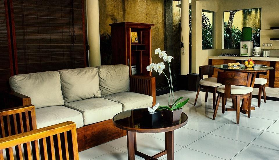 Kamuela Villas & Suites Sanur - One Bedroom Villa Living Room