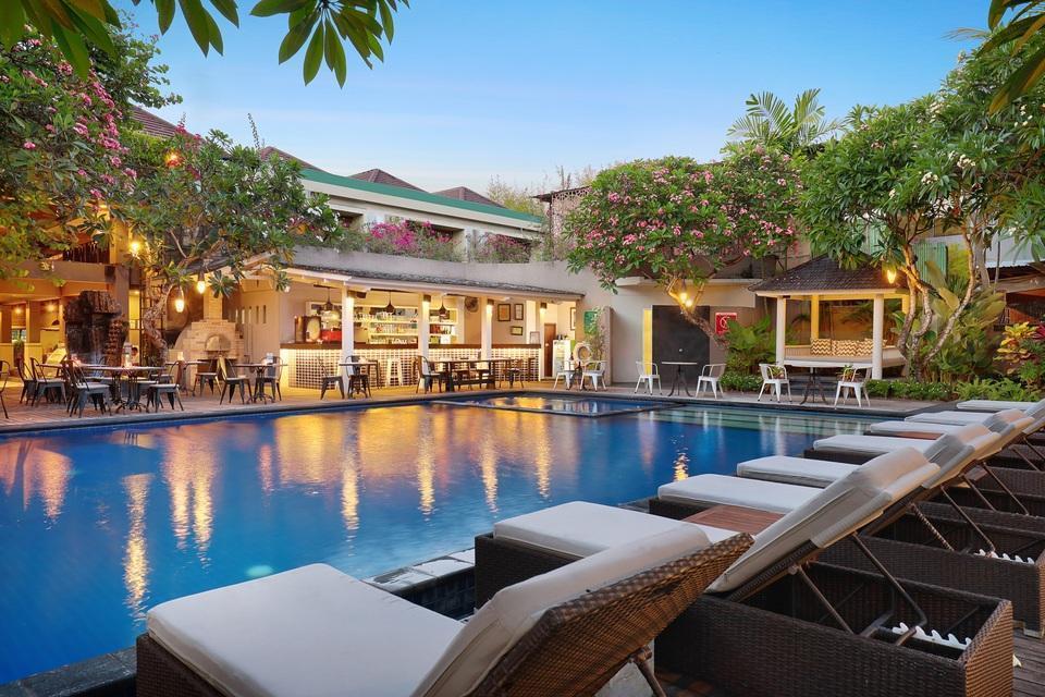 Kamuela Villas & Suites Sanur - Main Pool