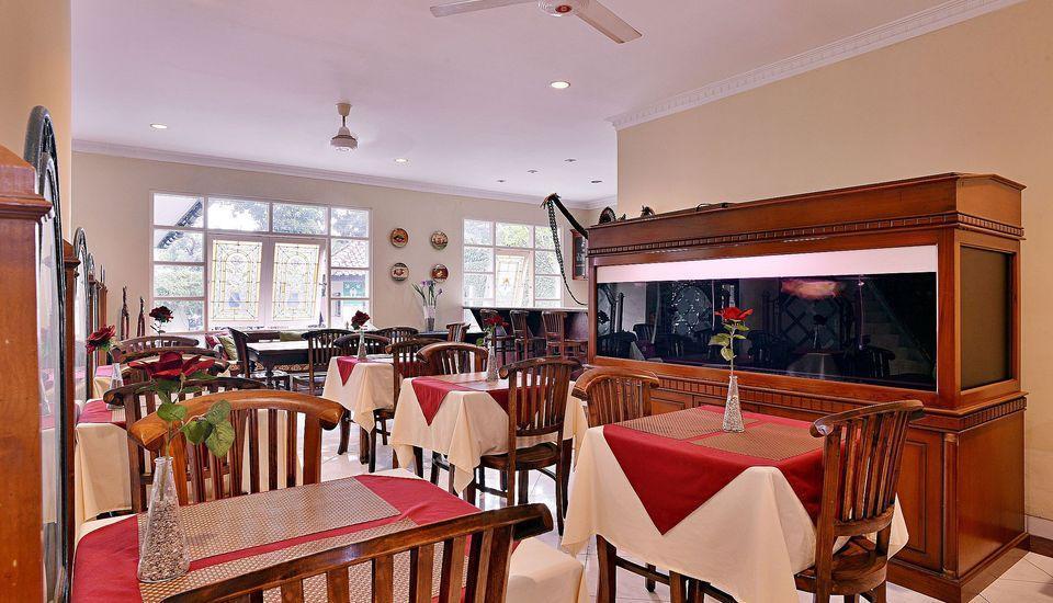 ZEN Rooms Pejaten Raya Jakarta - Restoran