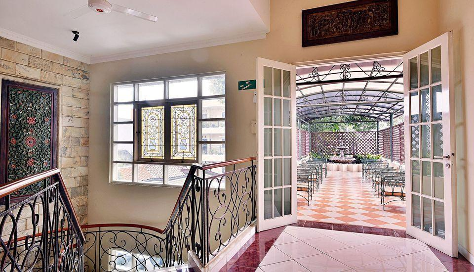 ZEN Rooms Pejaten Raya Jakarta - Teras