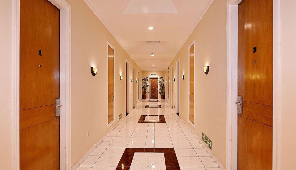 ZEN Rooms Pejaten Raya Jakarta - lorong