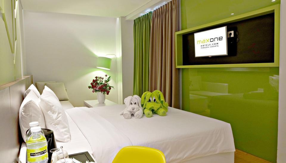 MaxOneHotels at Pemuda Jakarta - Warmth Room Regular Plan