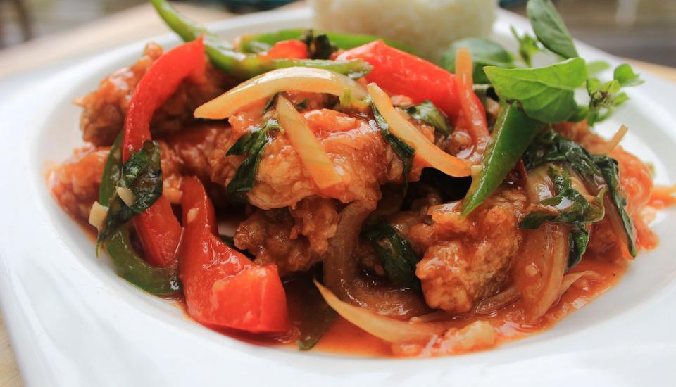 Ramada Encore by Wyndham Bali Seminyak - Makanan