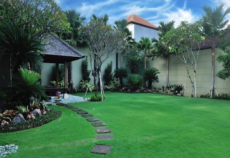 Safira Residence Bali - Taman