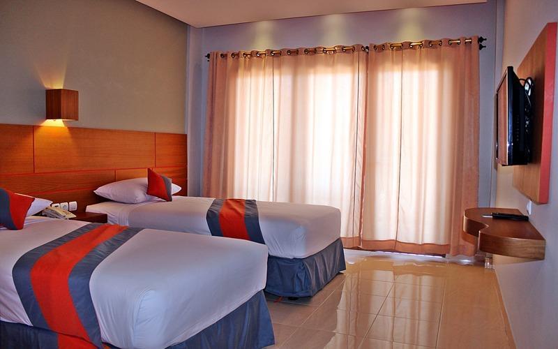 Grand Sinar Indah Bali - Tempat tidur 2 Kasur
