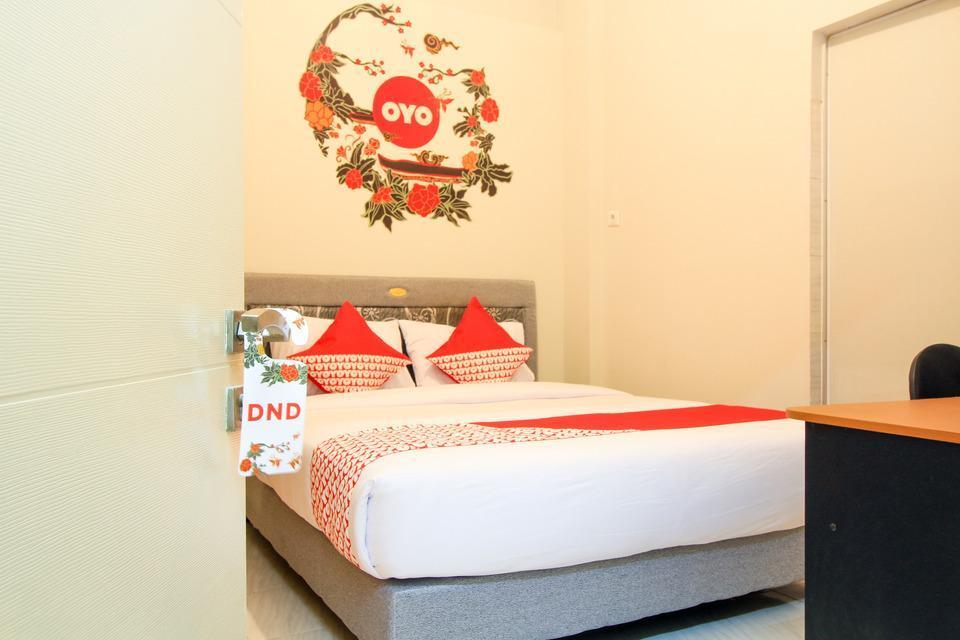 OYO 168 K-15 Residence Surabaya - Standard Double Limited Time Deal 53%
