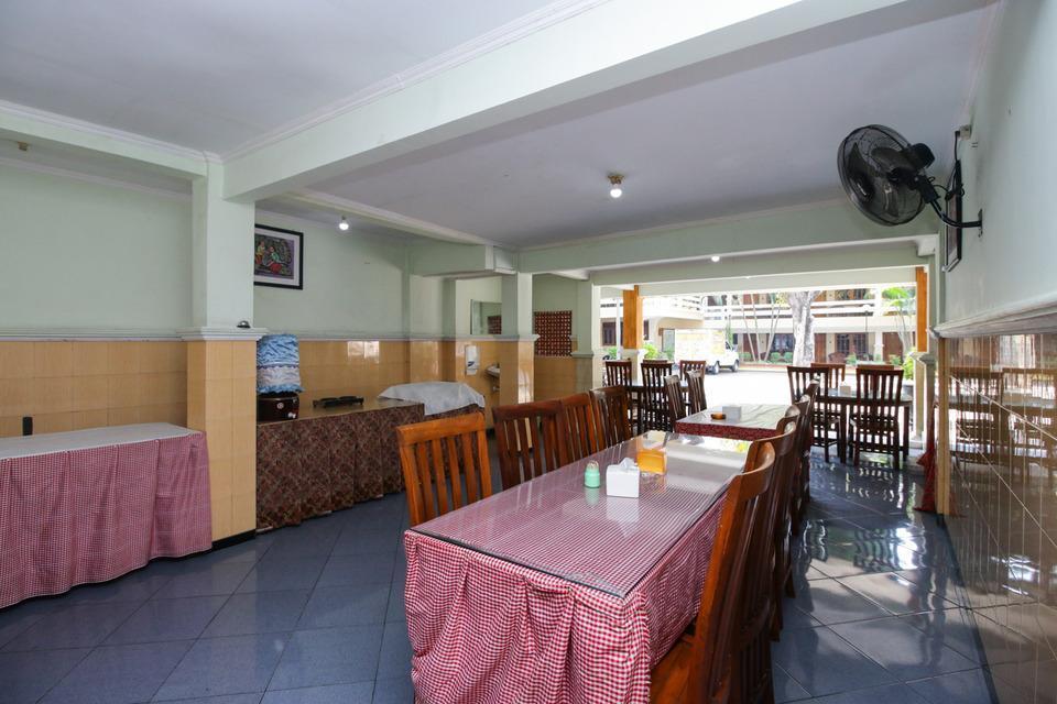 Airy Syariah Dr Wahidin 43 Bojonegoro - Restaurant