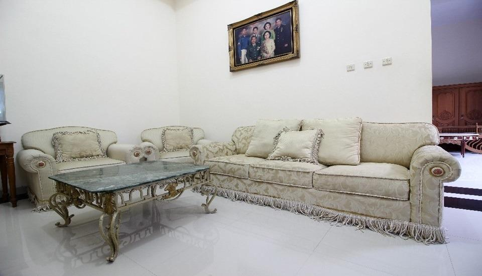 Cantik Manis Guesthouse Yogyakarta - Interior