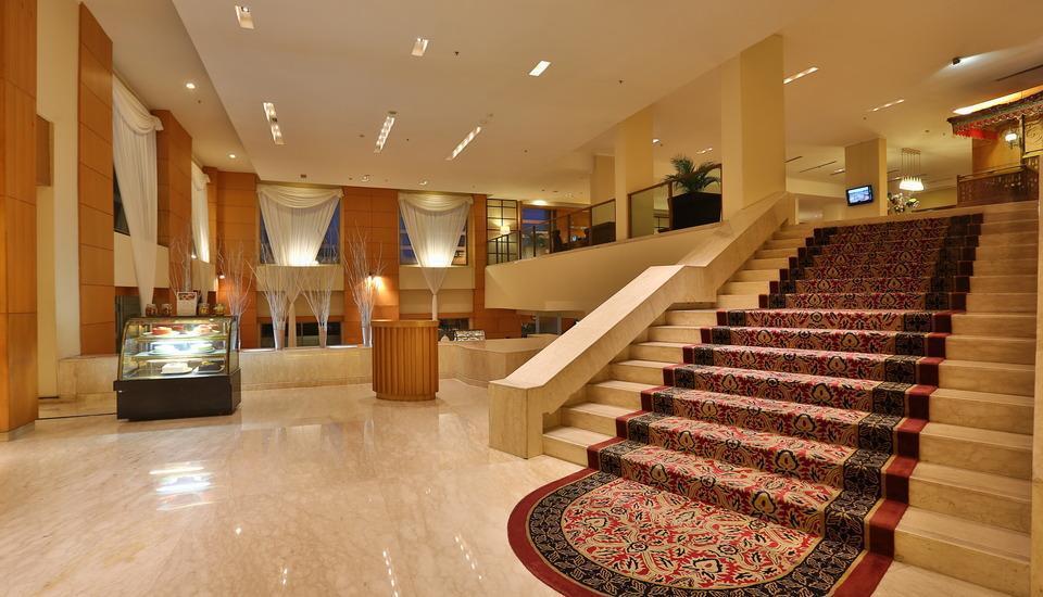 Hotel Aryaduta Palembang - Lower Lobby