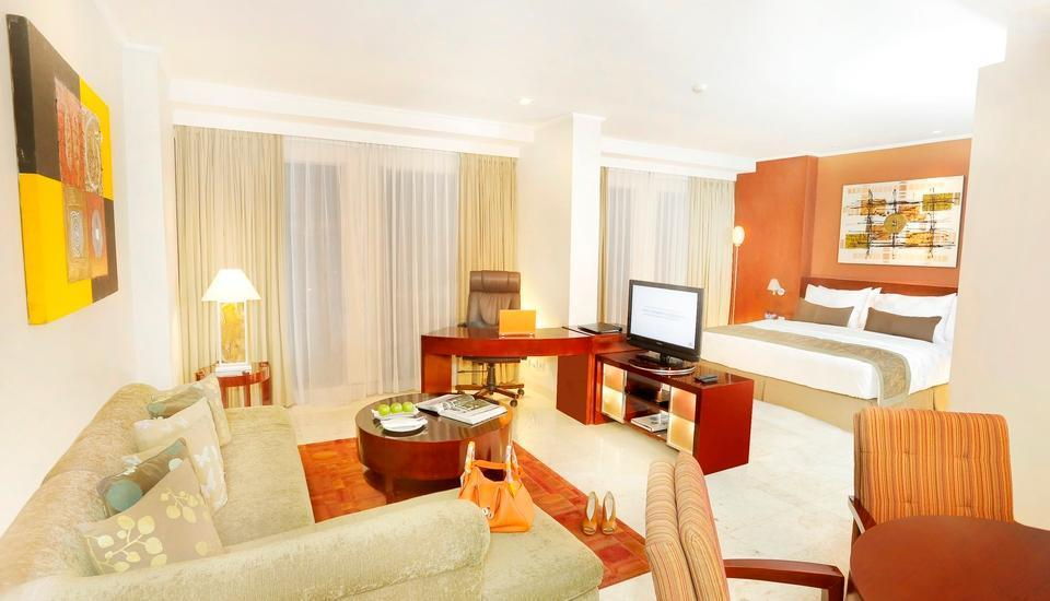 Hotel Aryaduta Palembang - Junior Suite Room More than 5 Nights Get 25% off
