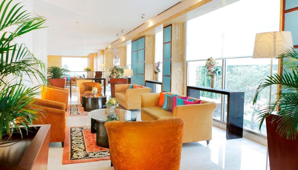 Hotel Aryaduta Palembang - Upper Lobby