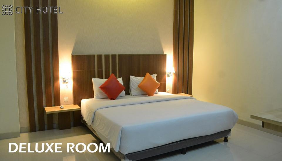City Hotel Tasikmalaya - Deluxe King Bed Room Regular Plan