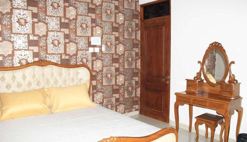 Sweet Home Homestay Jogja - Deluxe Room Only Regular Plan