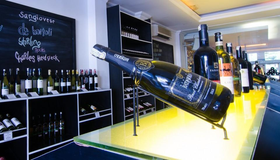 J Boutique Hotel Kuta - J Cuvee Wine Shop