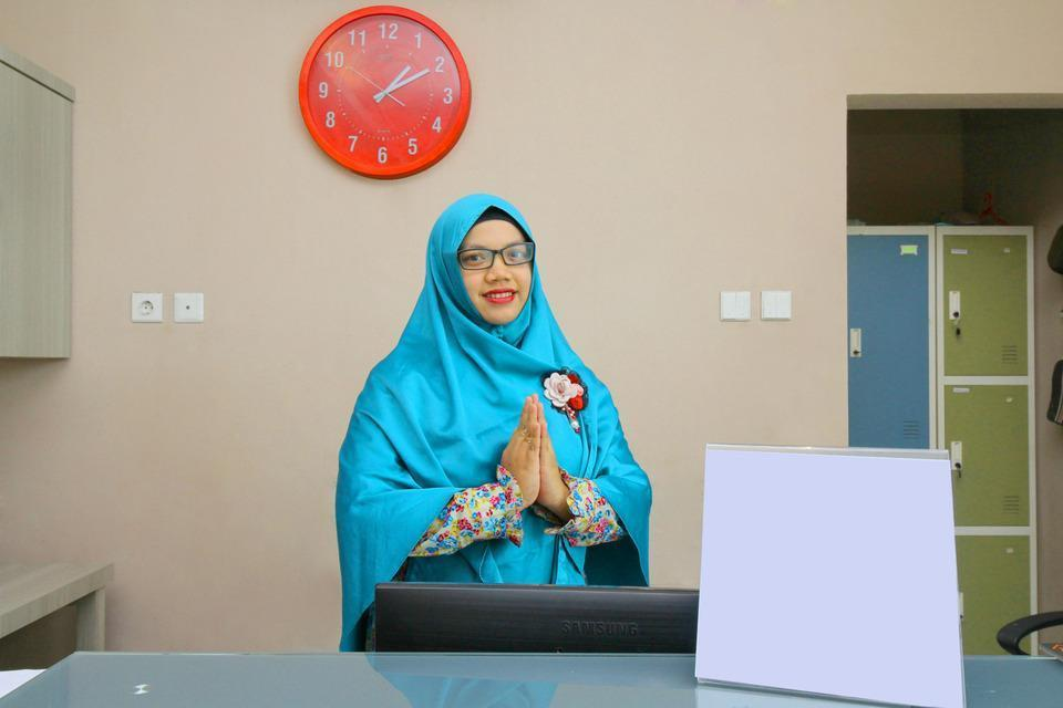 Sky Inn Syariah Sei Kapuas 1 Medan - Resepsionis