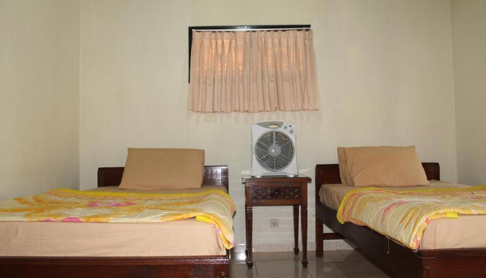 Pande Permai Guest House Bali - Standard Fan Room Regular Plan