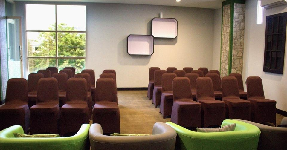 Sevensix Hotel Balikpapan Balikpapan - Meeting Room
