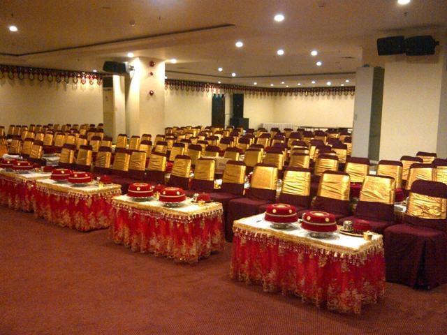 Aerotel Smile Makassar - ballroom
