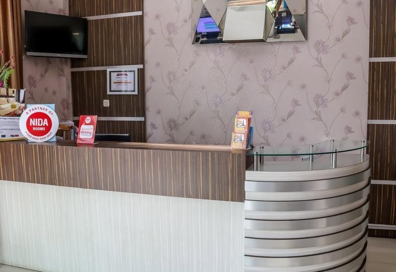 NIDA Rooms Sumur Bandung Natuna - Resepsionis