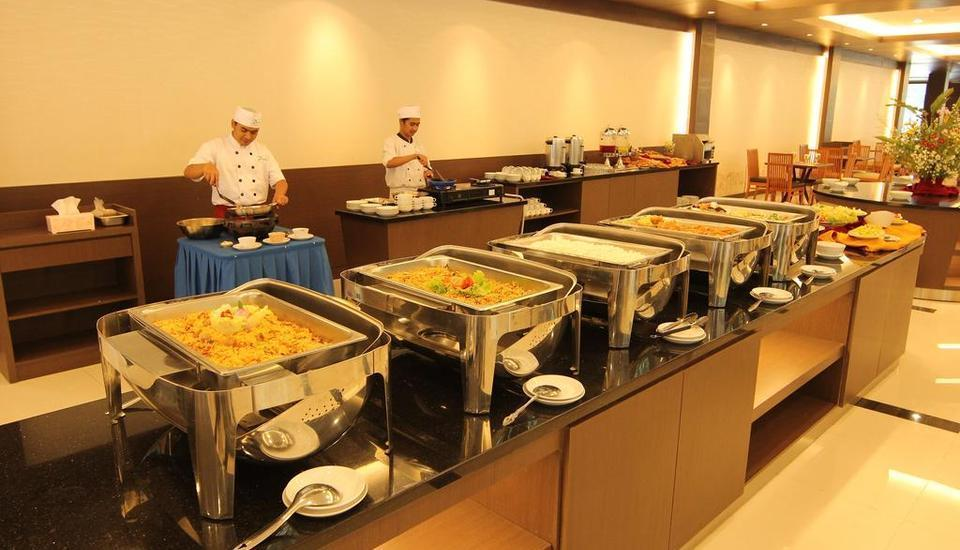 Zuri Resort & Convention Cianjur - Buffet