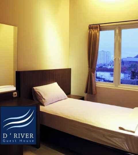 D River Guest House Bandung - Kamar