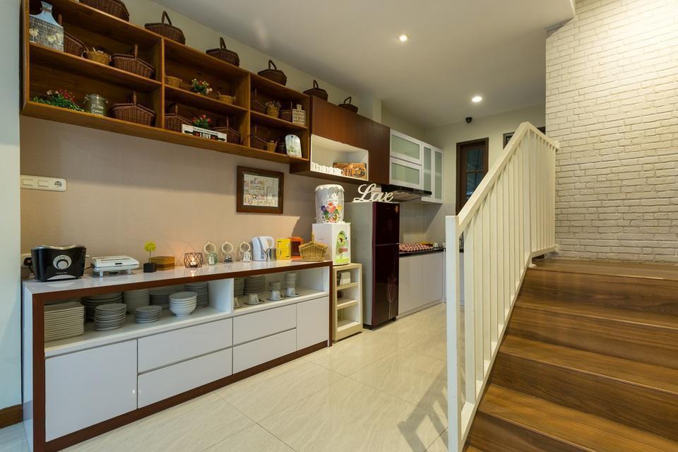 Jayagiri Guesthouse Bandung - Dapur, (Bukan Untuk masak) Untuk Teh, Kopi, toaster dan mikrowave