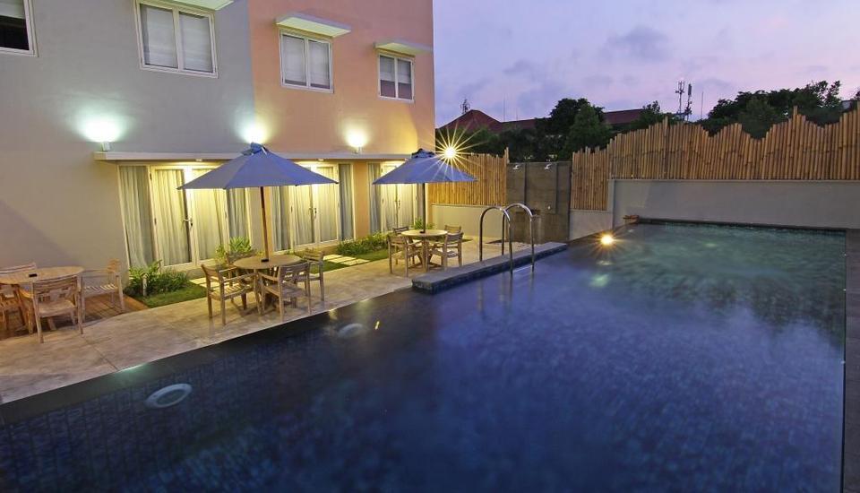 Santosa City Hotel Bali - Kolam Renang