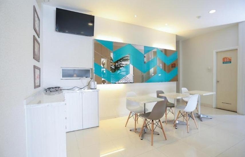 Makassar Beach Inn Makassar - Lobi