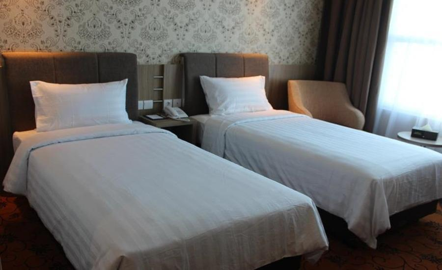Hotel Remcy Panakkukang Makassar - Deluxe Twin Bed Room Regular Plan