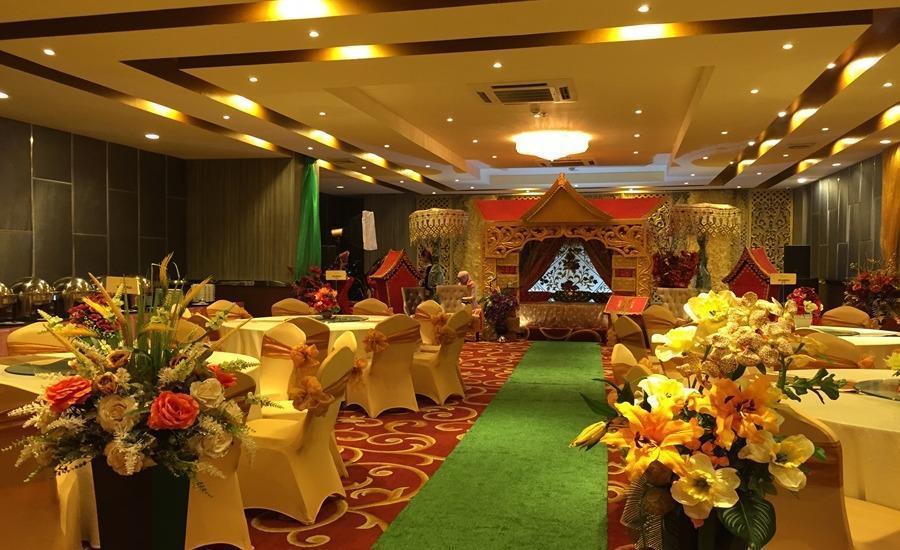 Hotel Remcy Panakkukang Makassar - Ballroom