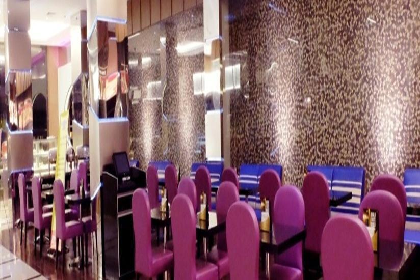 World Hotel Jakarta - Ruang Makan