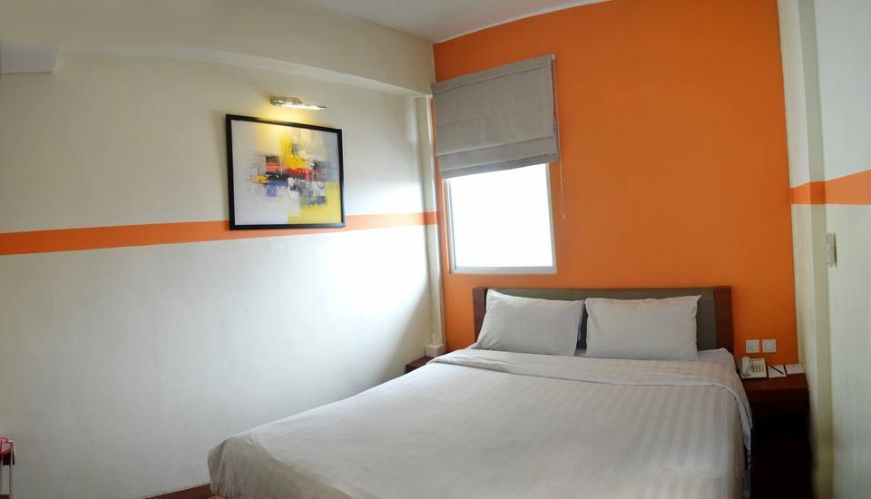 World Hotel Jakarta - Deluxe Room