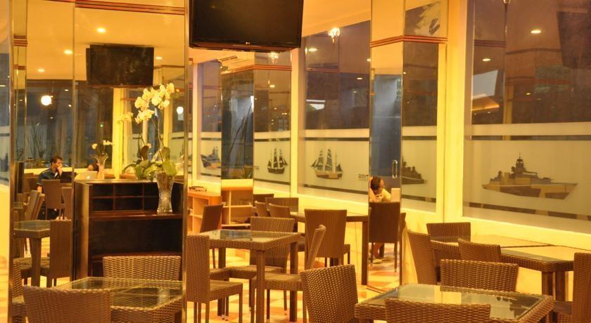 Hotel Dermaga Keluarga Yogyakarta - Restaurant
