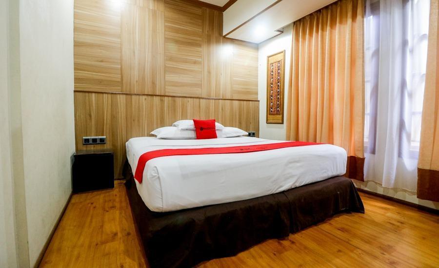 RedDoorz Plus @ Banjarmasin Tengah Banjarmasin - Kamar Tamu
