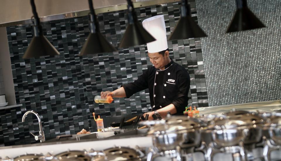 Tangram Hotel Pekanbaru Pekanbaru - Live Cooking