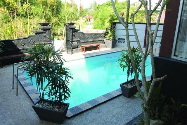Pondok Gajah Homestay Yogyakarta - Honeymoon Villa - Kolam Renang