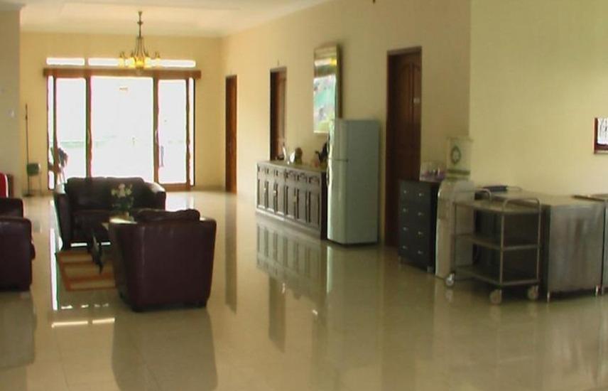 Puri Bernadi Guest House Bandung - Interior