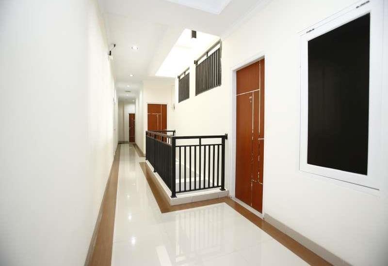 RedDoorz @Tebet Utara Jakarta - Interior