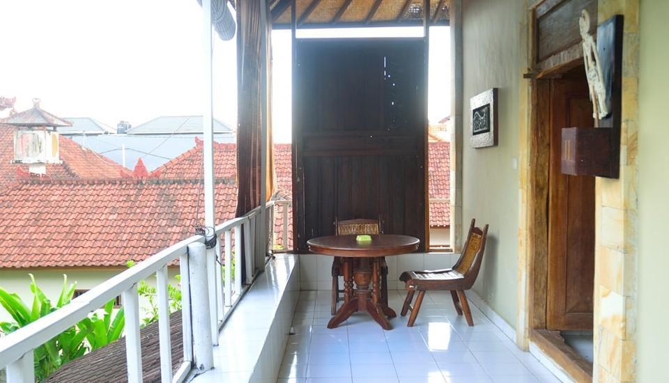 Nyima Inn Bali - Keluarga balcony2