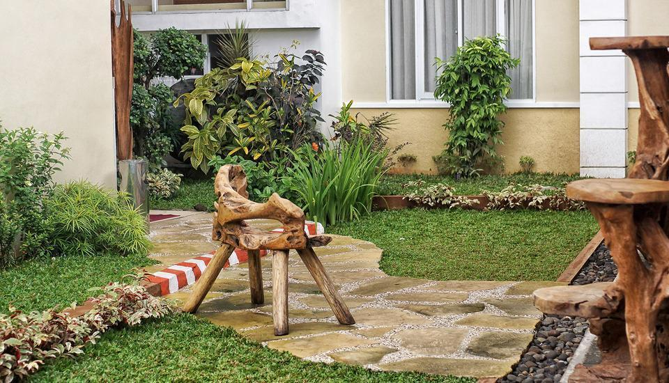 Summer Season Boutique Hotel Yogyakarta - Taman