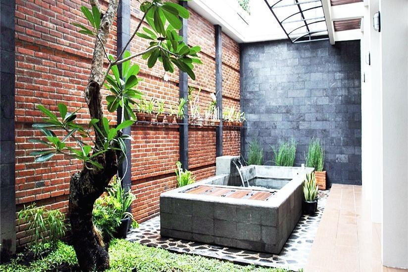 Omah Garuda Homestay Yogyakarta - Taman